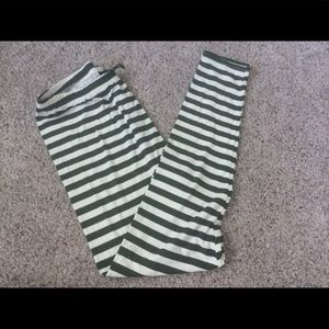 Agnes and Dora Leggings XL